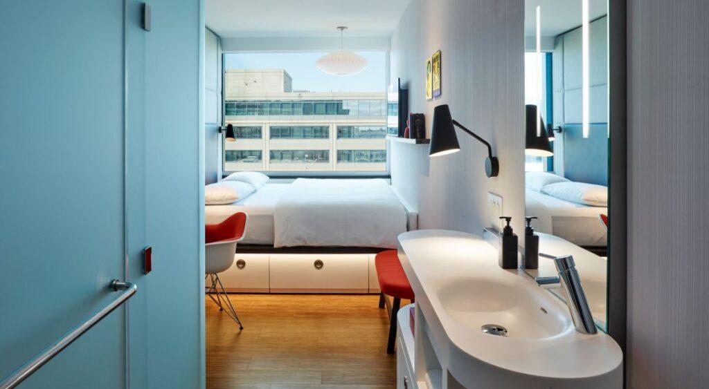 citizenM Hotel DC Suite